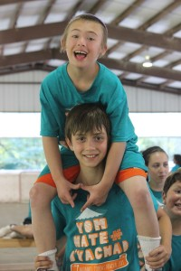 yachad boy on shoulders for website pic